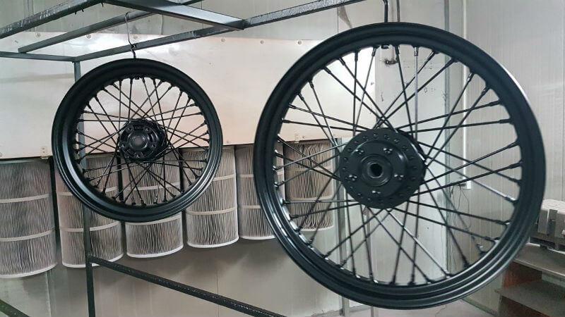 צביעת גלגלי שפיצים - צביעה חשמלית בתנור